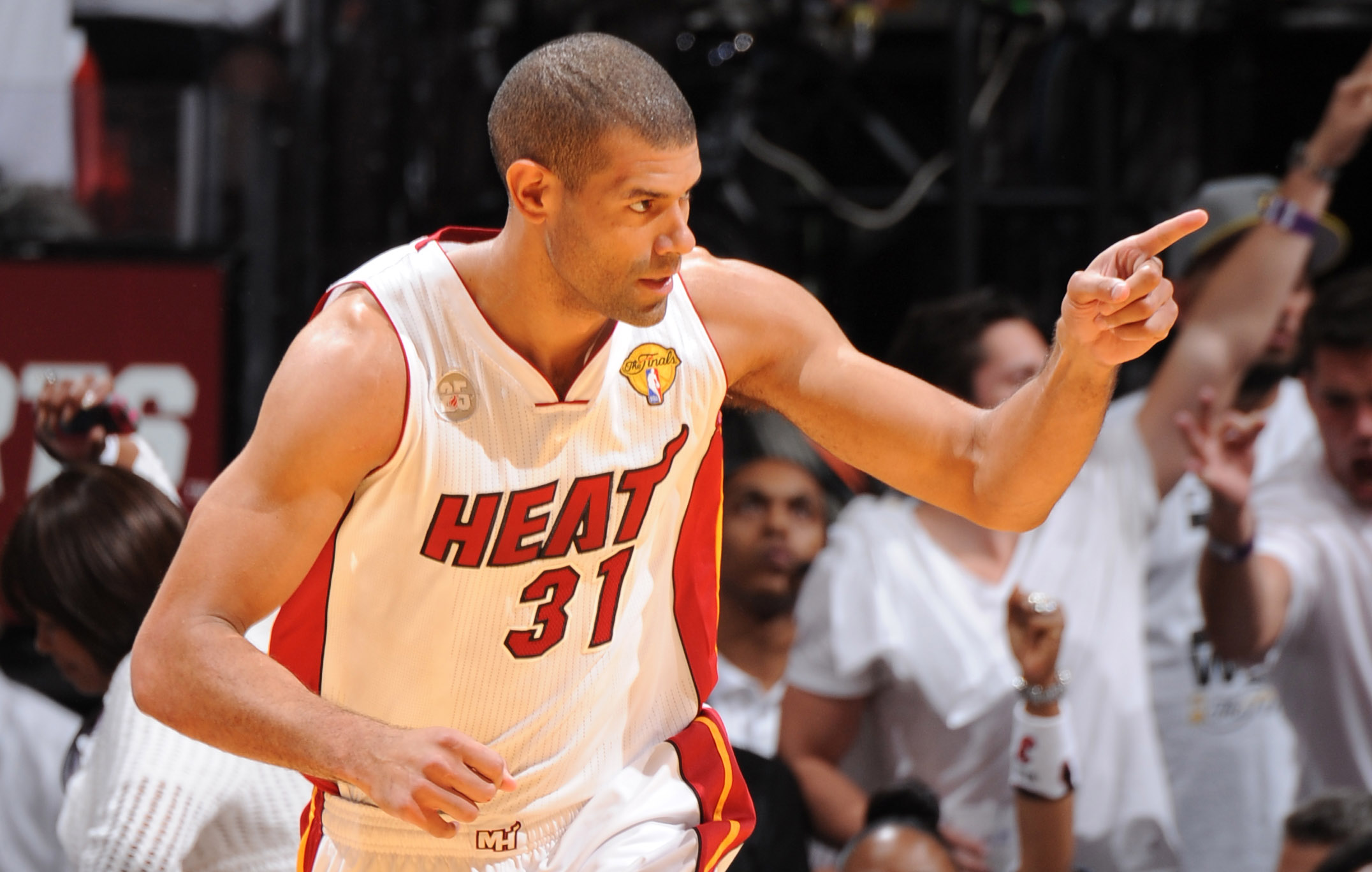 Shane Battier named 2012-13 Magic Johnson Award winner